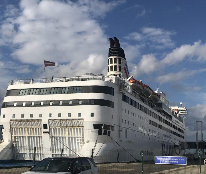 Фото круїзний лайнер